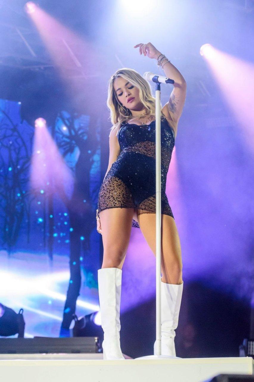 Rita Ora Sexy (49 New Photos)