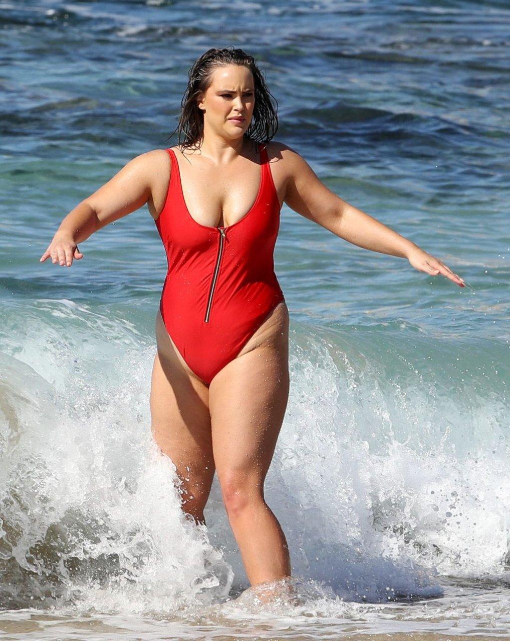 Sophia Brennan Sexy (18 Photos)