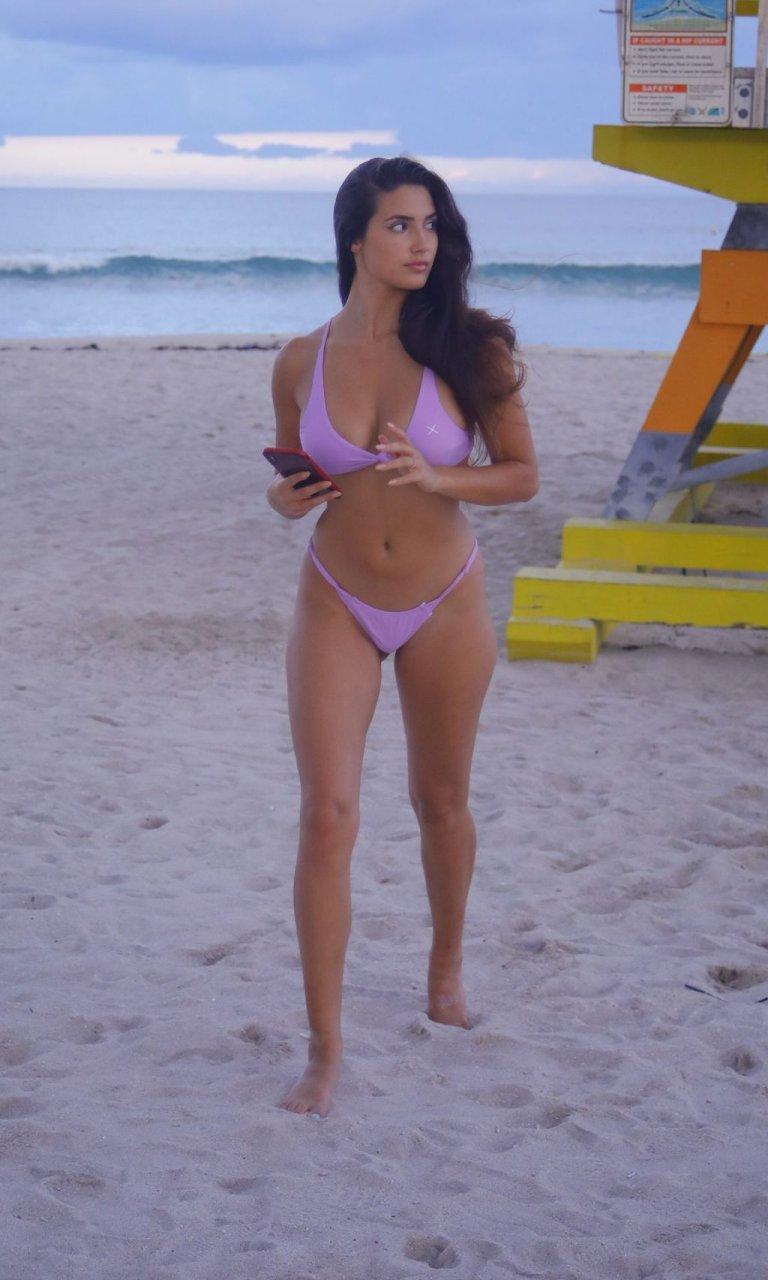 Tao Wickrath Sexy (32 Photos)