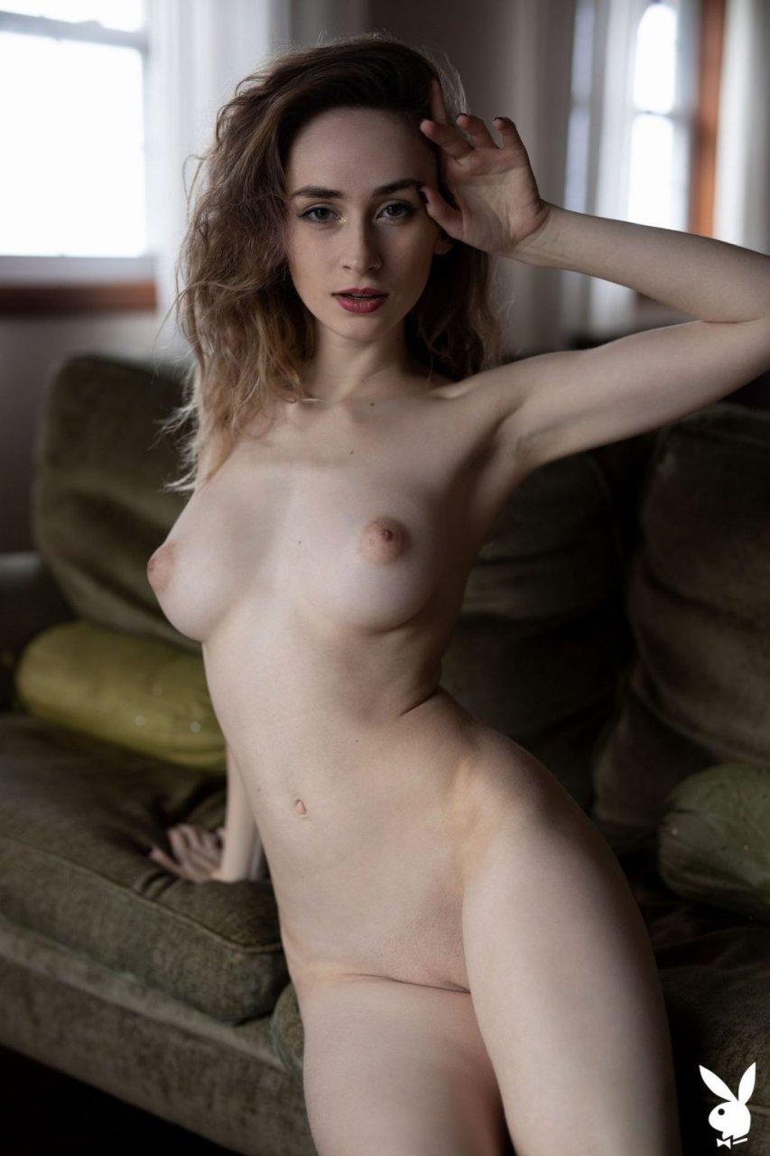 Yana West Nude (42 Photos + GIFs & Video)