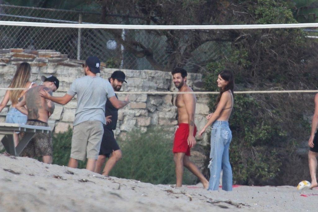 Camila Morrone, April Love Geary Sexy (111 Photos)