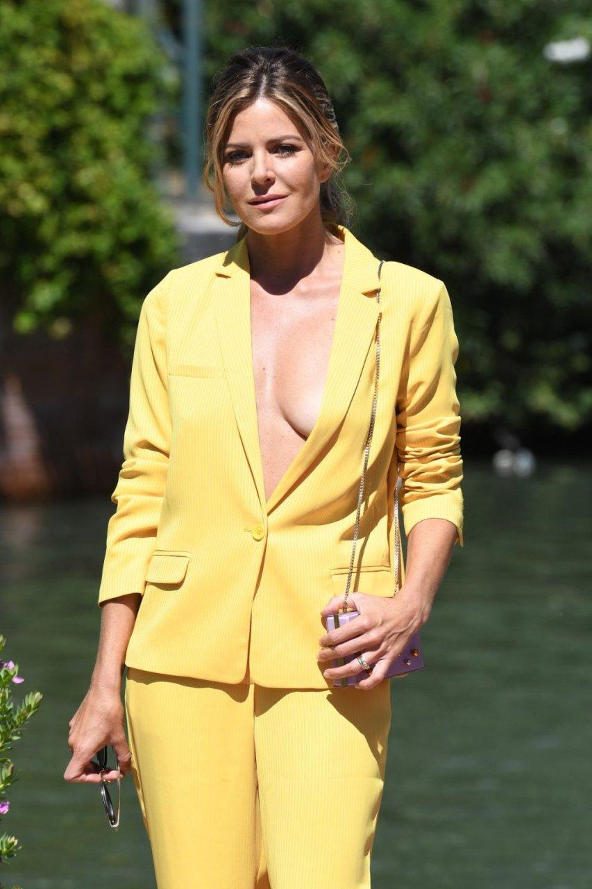 Elisabetta Pellini Braless (44 Photos)