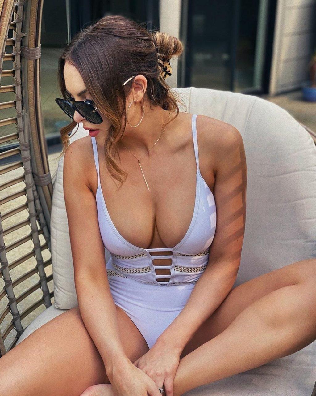 Elizabeth Gillies Sexy (3 New Photos)