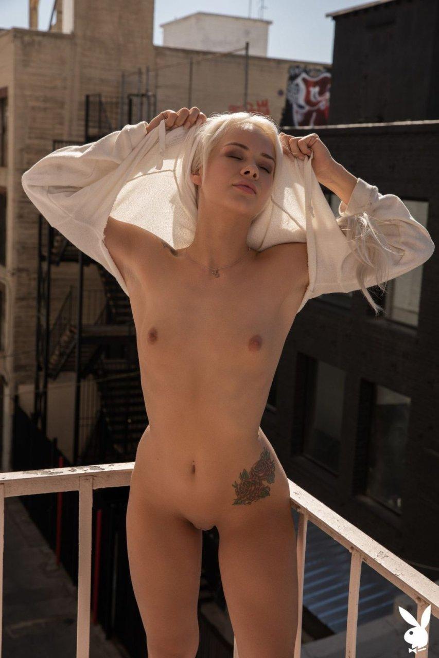 Elsa Jean Nude (34 Photos + GIFs & Video)