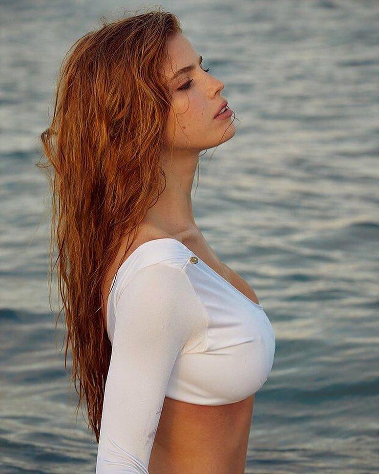 Emily Deyt-Aysage Nude & Sexy (78 Photos)