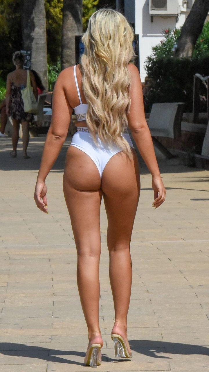 Georgia Cole Sexy (20 Photos)