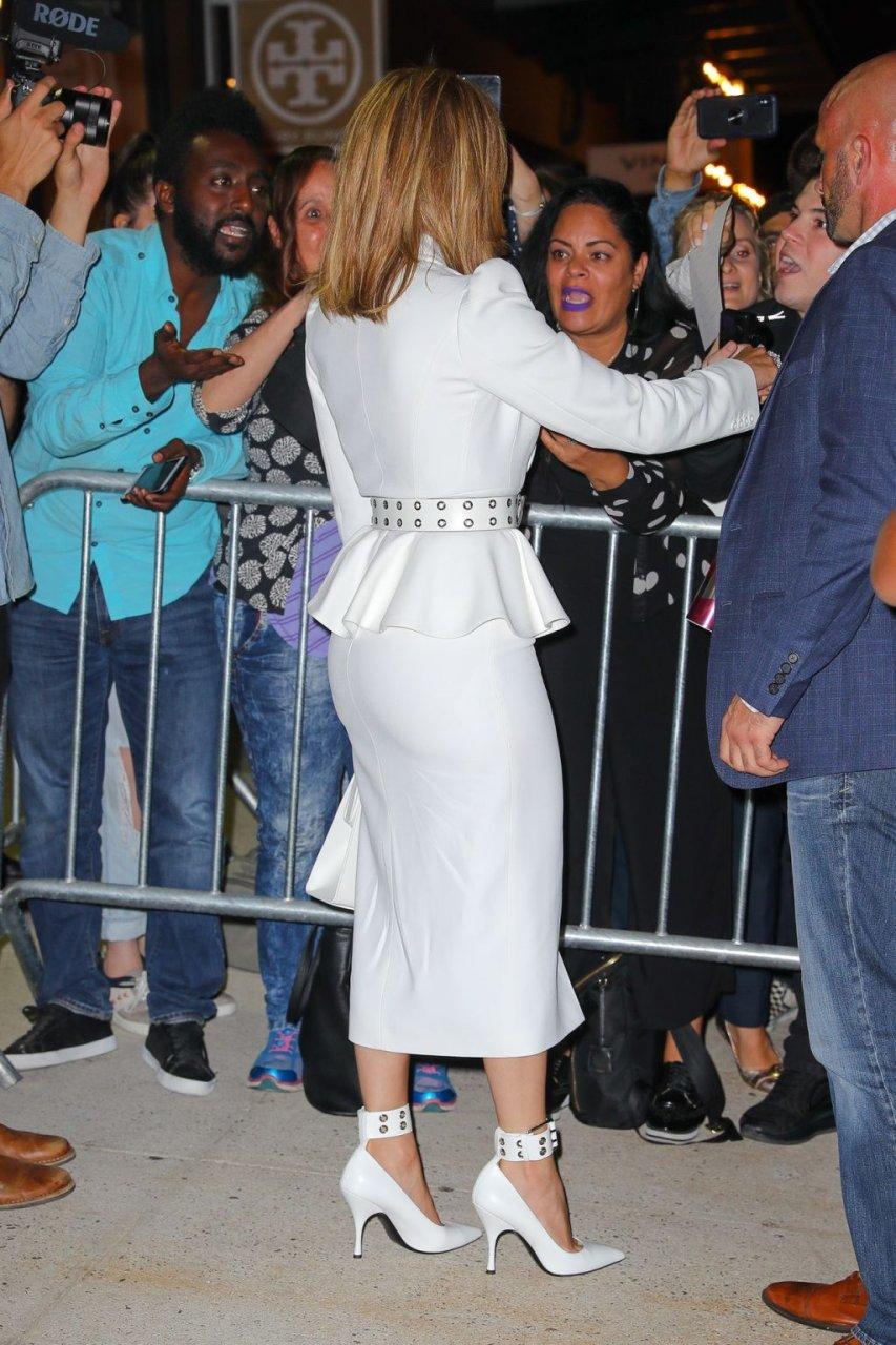 Jennifer Lopez Sexy (33 New Photos)