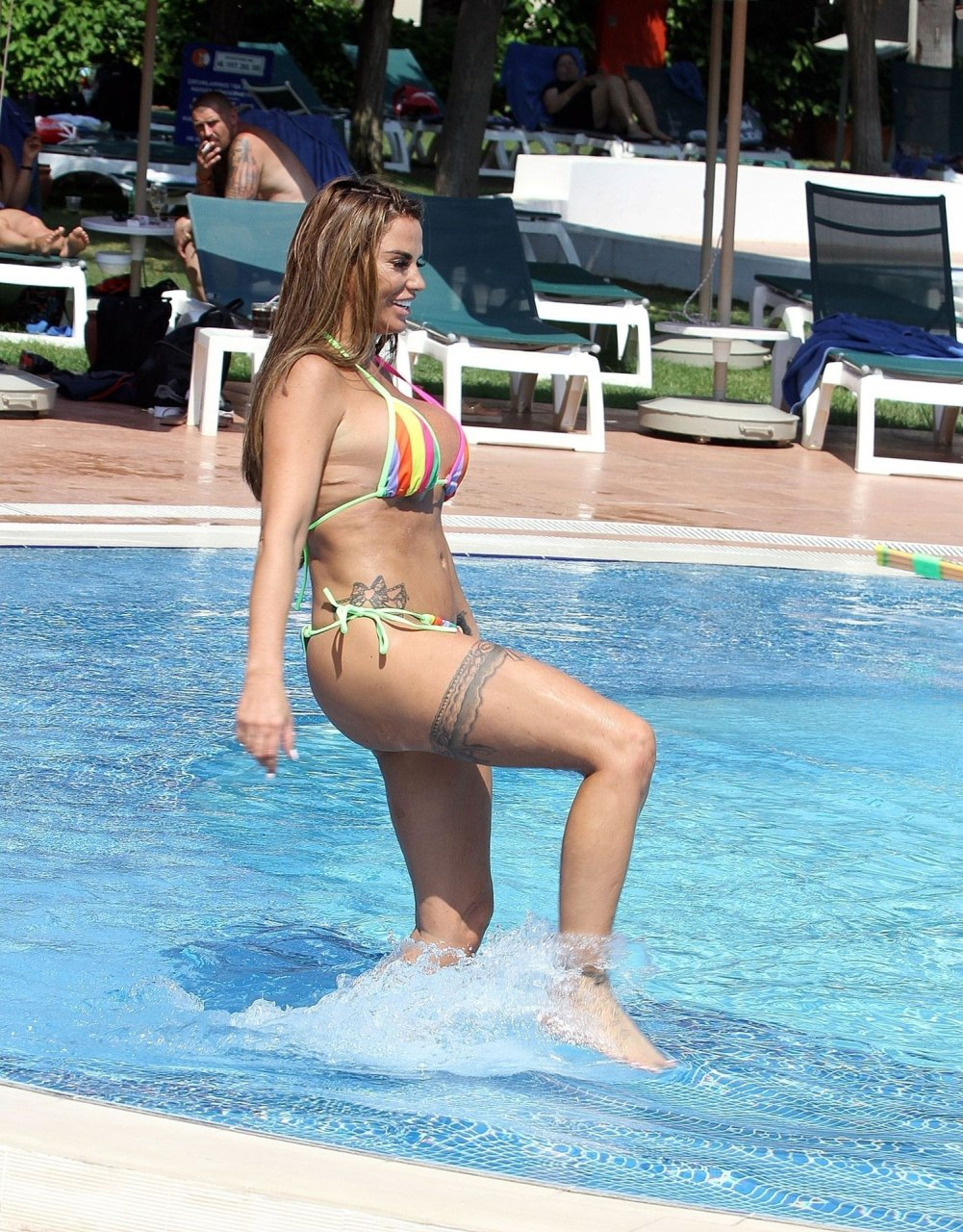 Katie-Price-Nude-Sexy-TheFappeningBlog.com-16.jpg