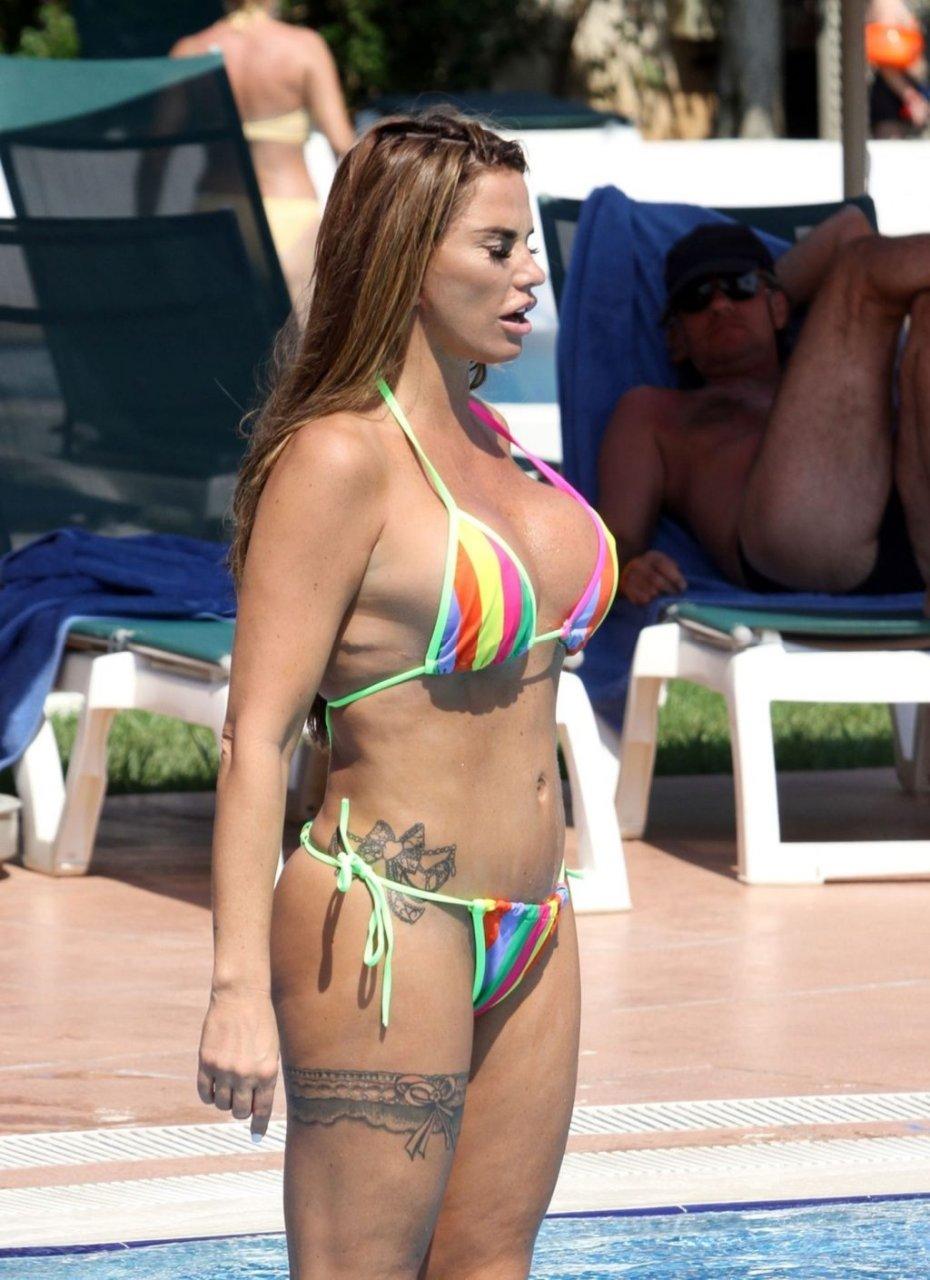 Katie-Price-Nude-Sexy-TheFappeningBlog.com-22-1024x1410.jpg