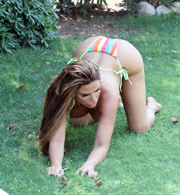 Katie-Price-Nude-Sexy-TheFappeningBlog.com-77-1024x1112.jpg