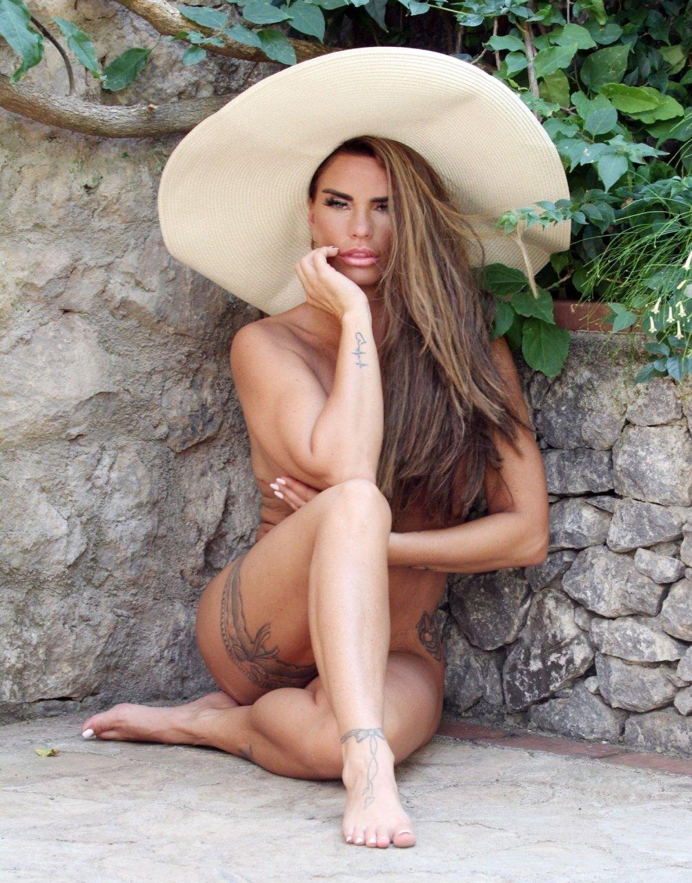 Katie-Price-Nude-Sexy-TheFappeningBlog.com-96.jpg