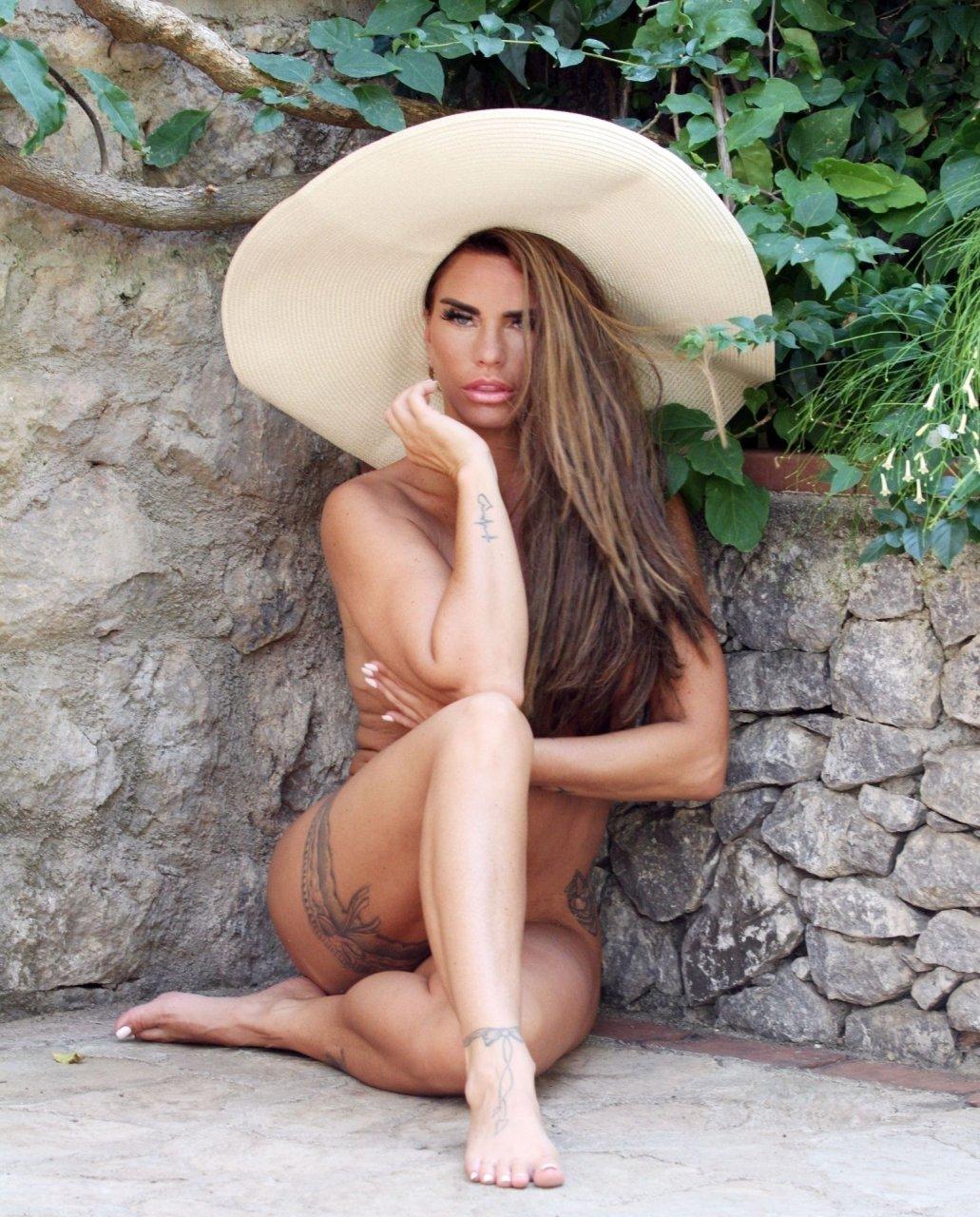 Katie-Price-Nude-Sexy-TheFappeningBlog.com-97.jpg