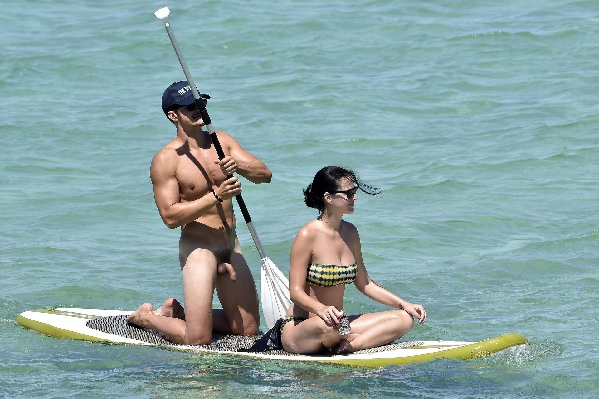 Orlando Blooms nude paddle boarding with Katy Perry