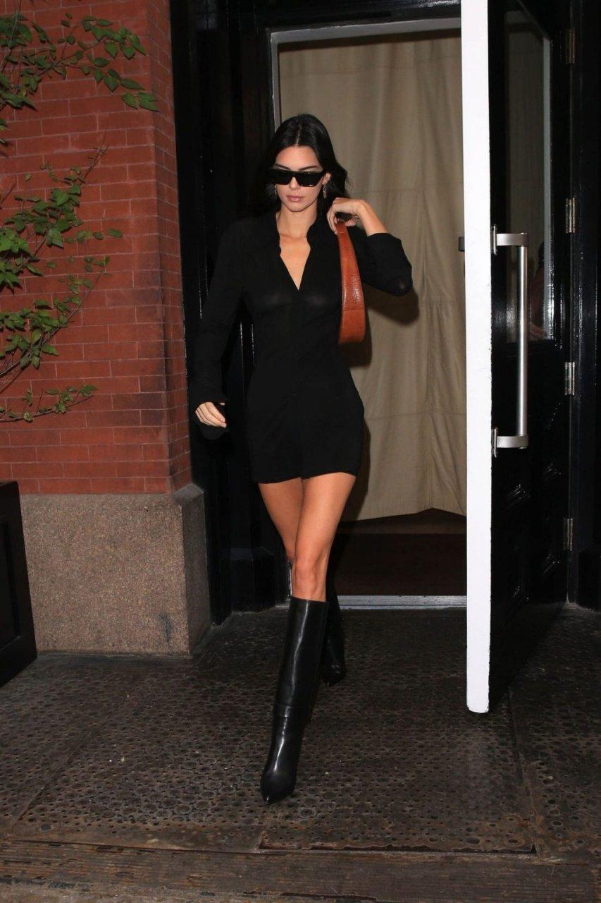 Kendall Jenner See Through (13 Photos)
