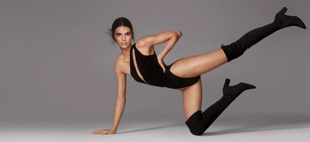 Kendall Jenner Sexy (6 Photos + Video)