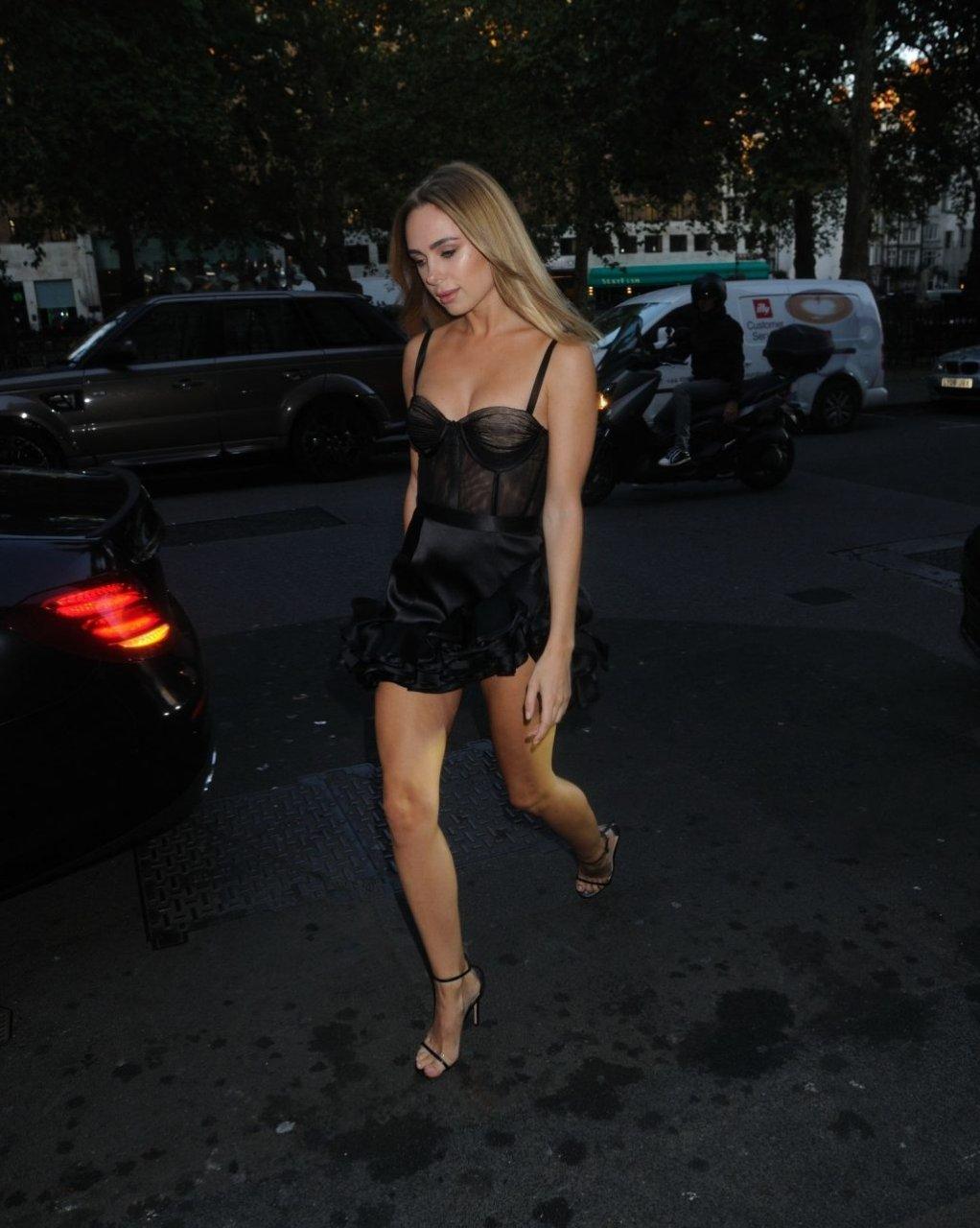 Kimberley Garner Sexy (10 New Photos)