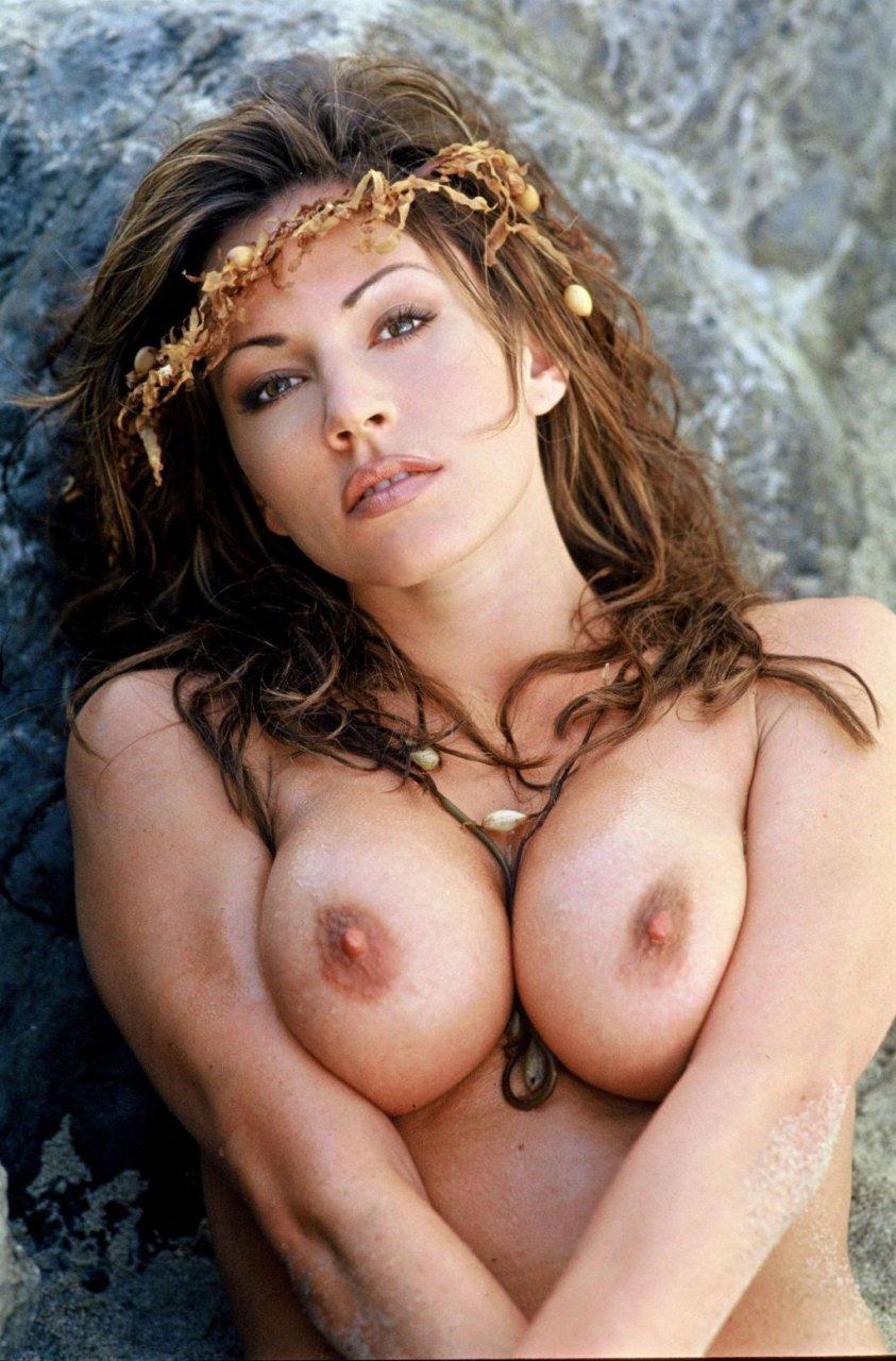 Busty brunette sex videos