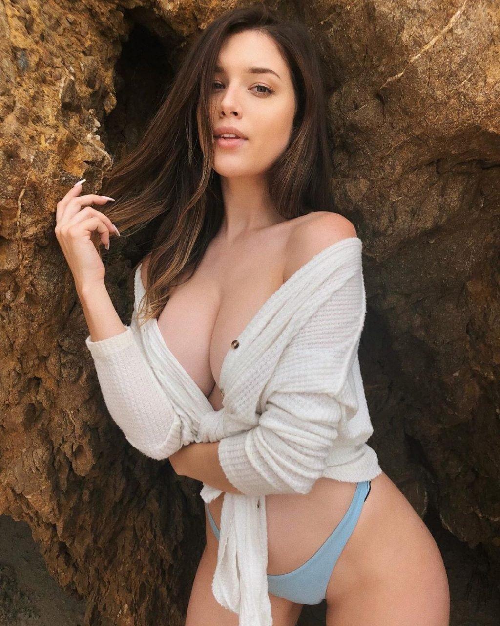 Lauren Summer Nude & Hot (26 Pics + Video)
