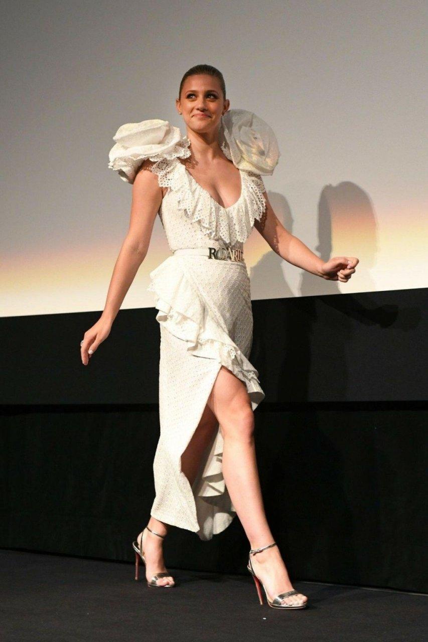 lili-reinhart