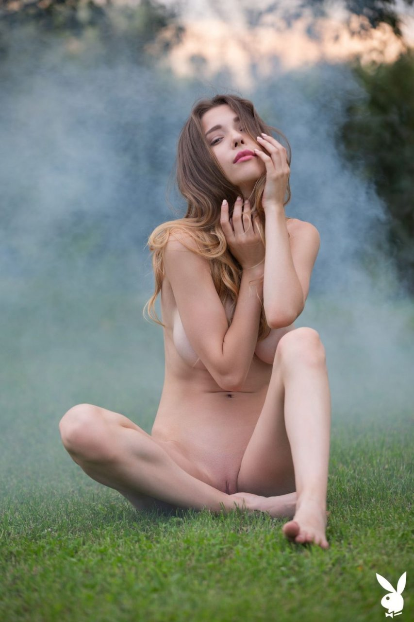 Mila Azul Nude (27 Photos + GIFs & Video)