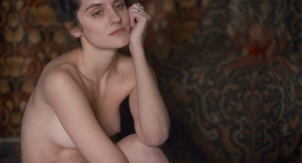 Noémie Merlant Nude – Curiosa (8 Pics + GIF & Video)