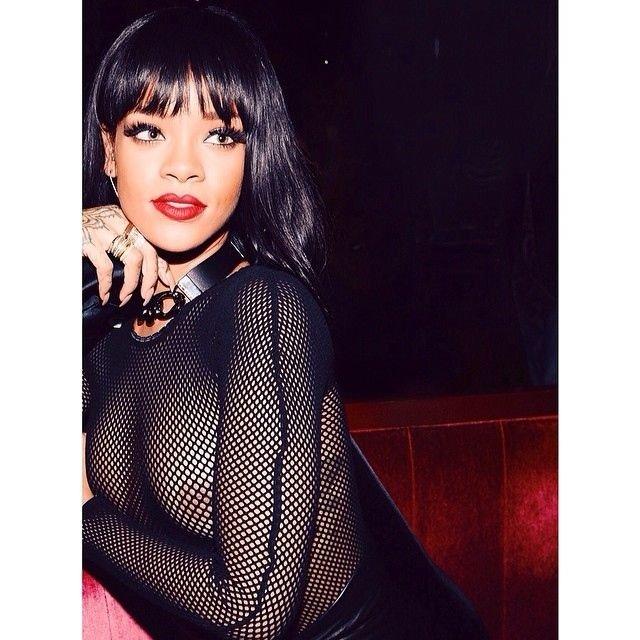Rihanna See Through (16 Photos)