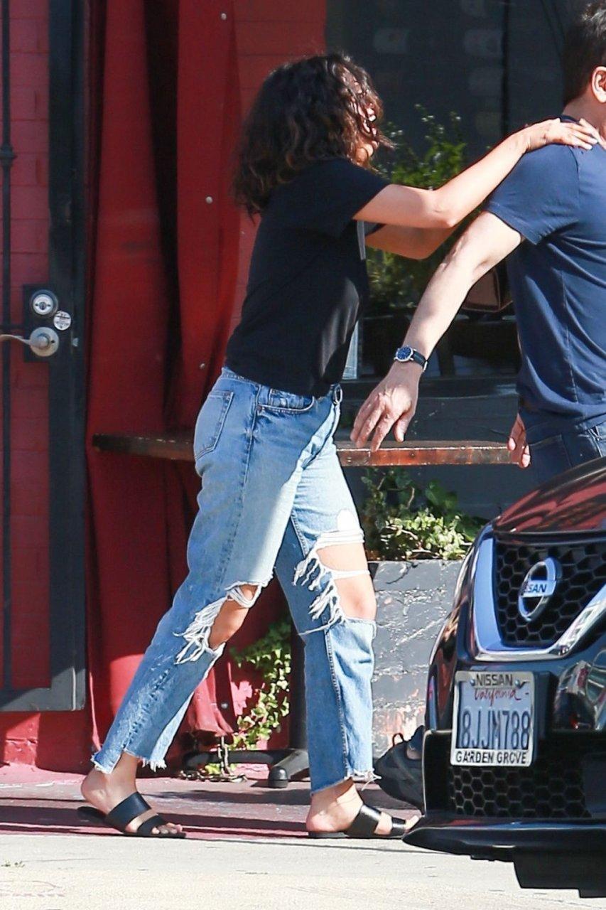 Selena Gomez Sexy (14 Hot Photos)