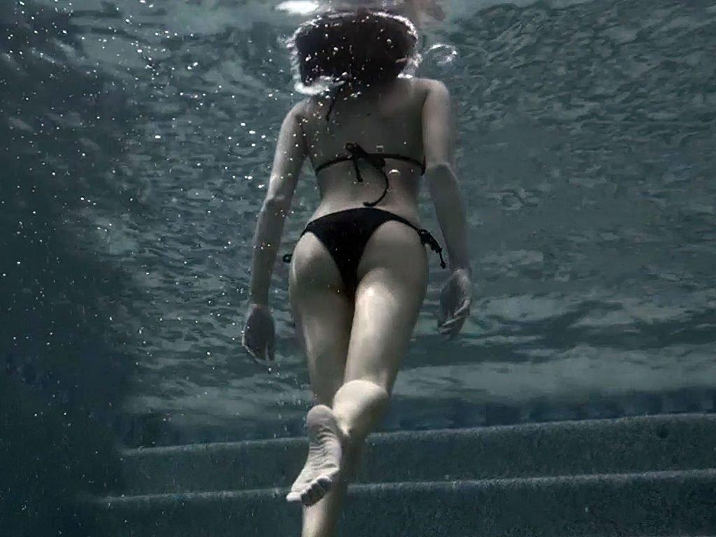 Willa Holland Nude & Sexy Ass Collection (16 Photos)