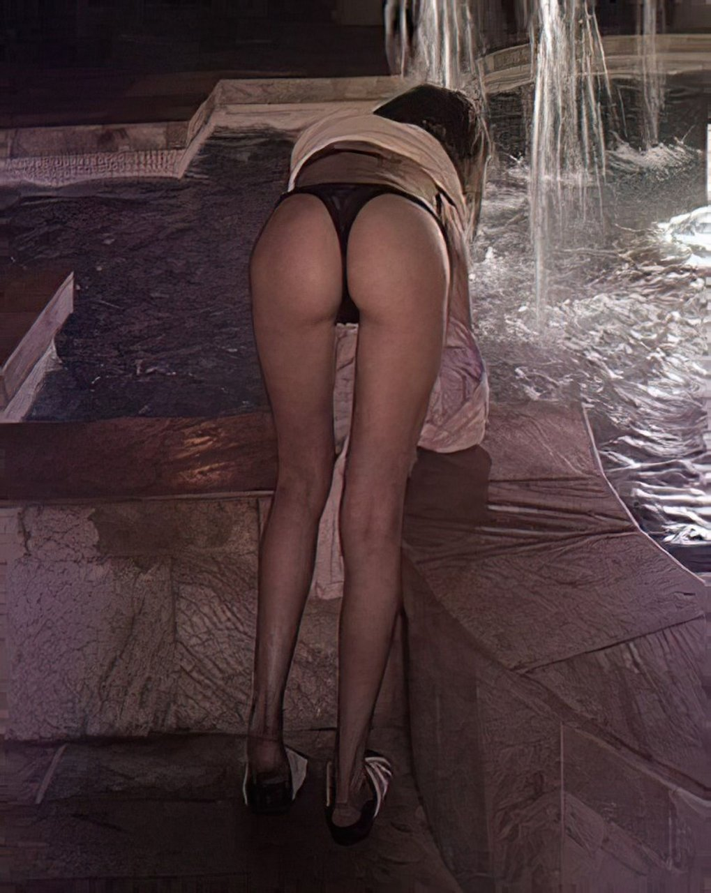Willa Holland Naked Celebrity Pics