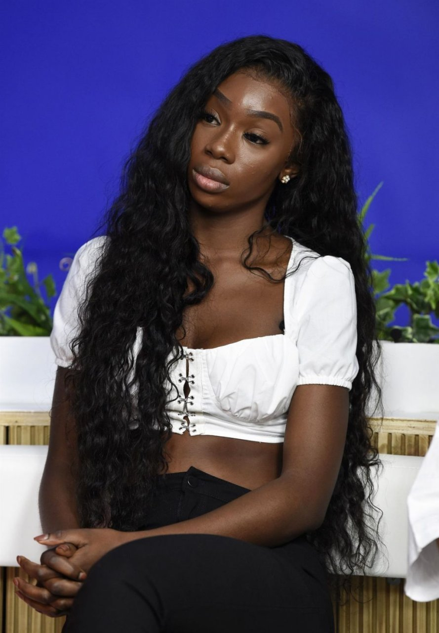 Yewande Sexy (11 Photos)