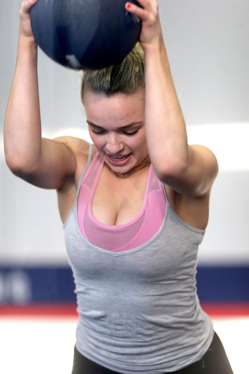 Abbie Chatfield Sexy (75 Photos)