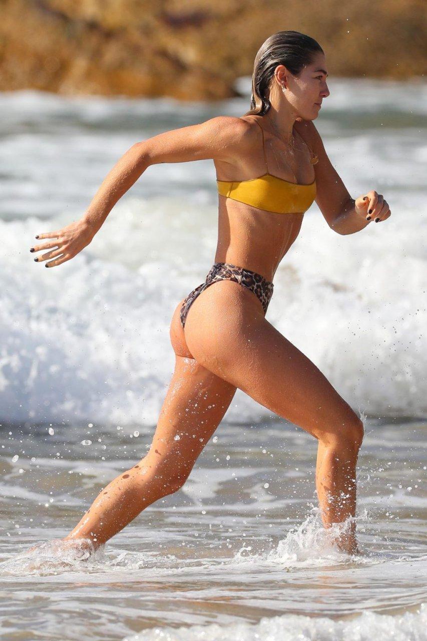 Ashley Hart Sexy (77 Photos)