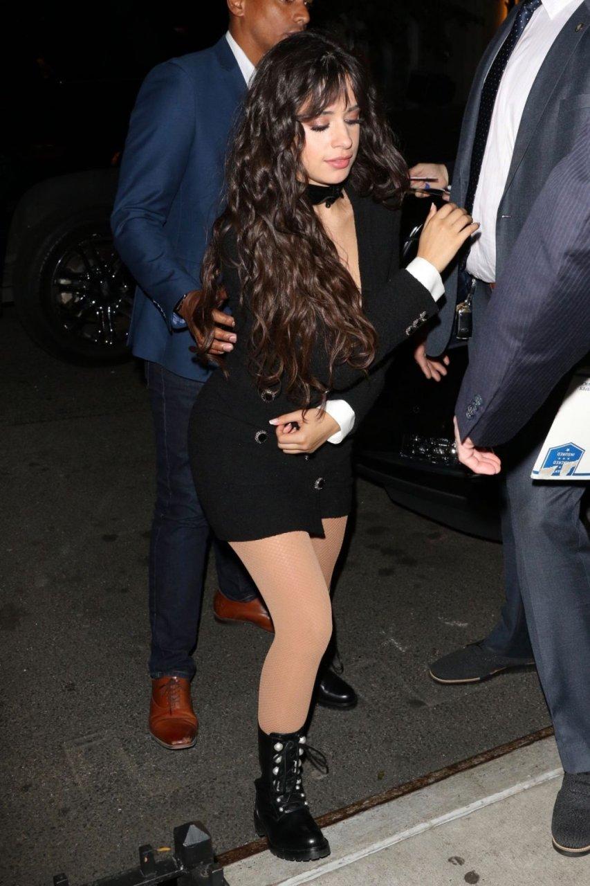 Camila Cabello Sexy (9 Photos)