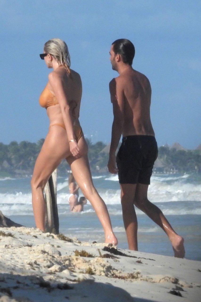 Caroline Vreeland See Through & Sexy (46 Photos + Video)