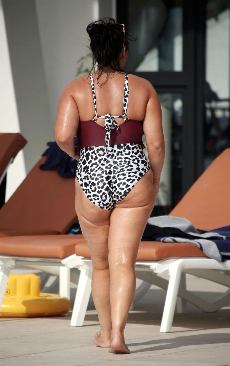 Chanelle Hayes Hot (31 Photos)