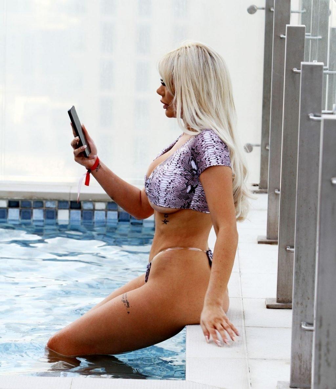 Chloe Ferry Hot (31 Photos)
