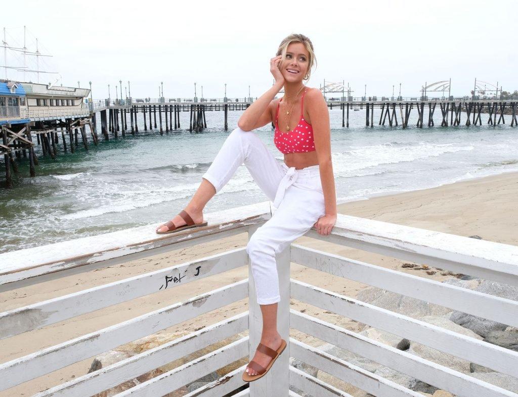 Hannah Godwin Sexy (81 Photos)