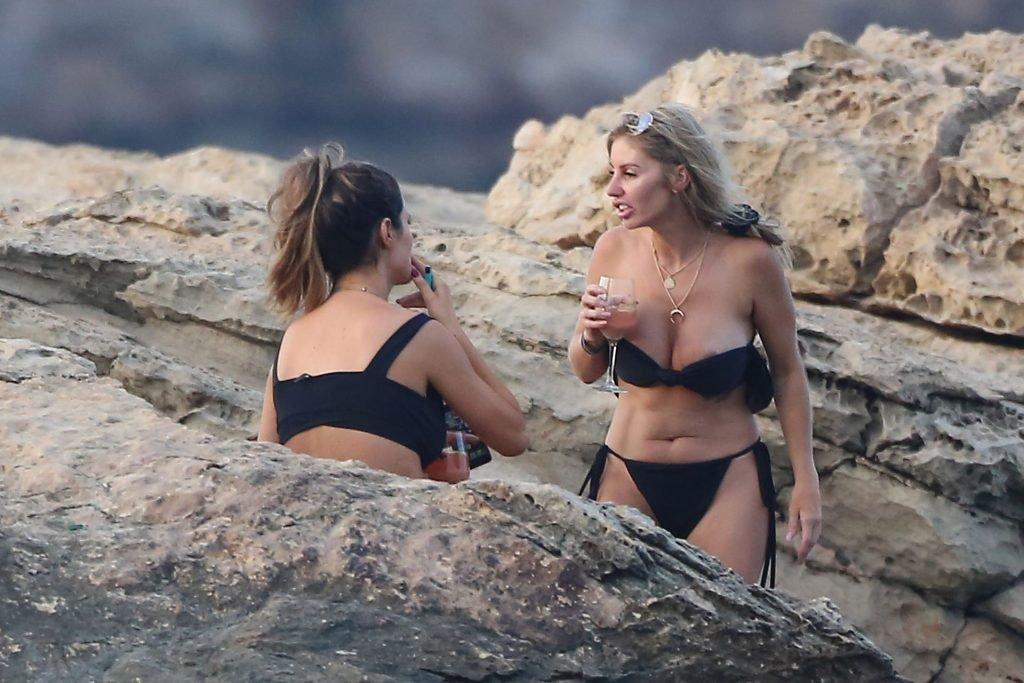 Helen Wood Sexy & Topless (69 Photos)