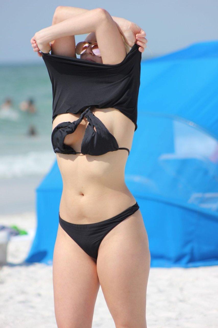 Kate England Sexy (20 Photos)