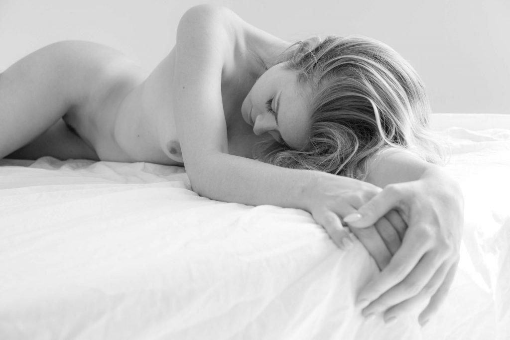 Olivia Preston Nude (30 Photos)