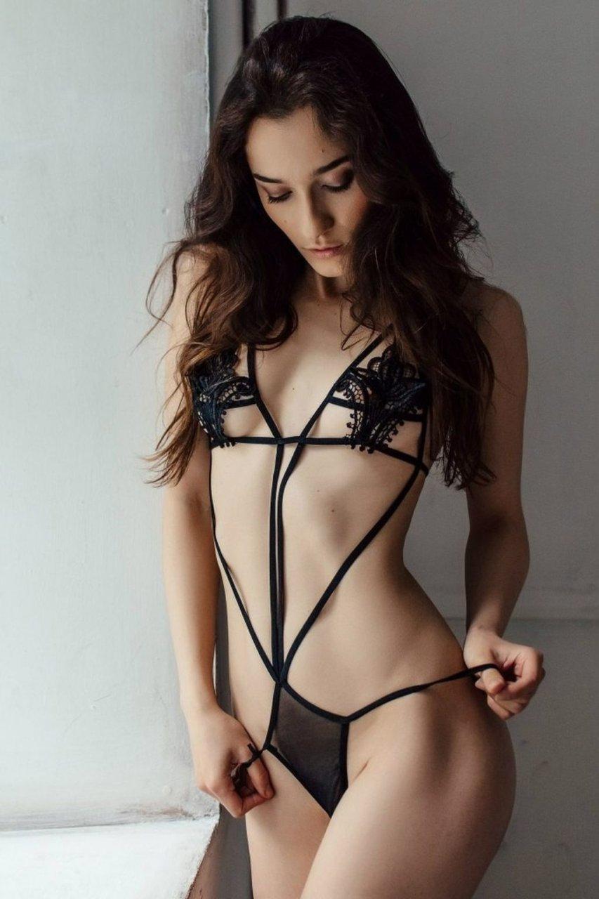 Sofi Ka Nude (72 Photos + GIFs & Video)
