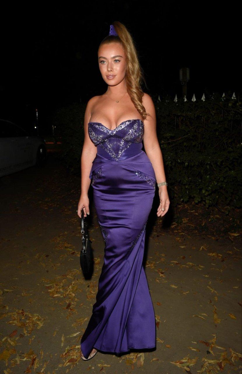 Tyne-Lexy Clarson Sexy (16 Photos)