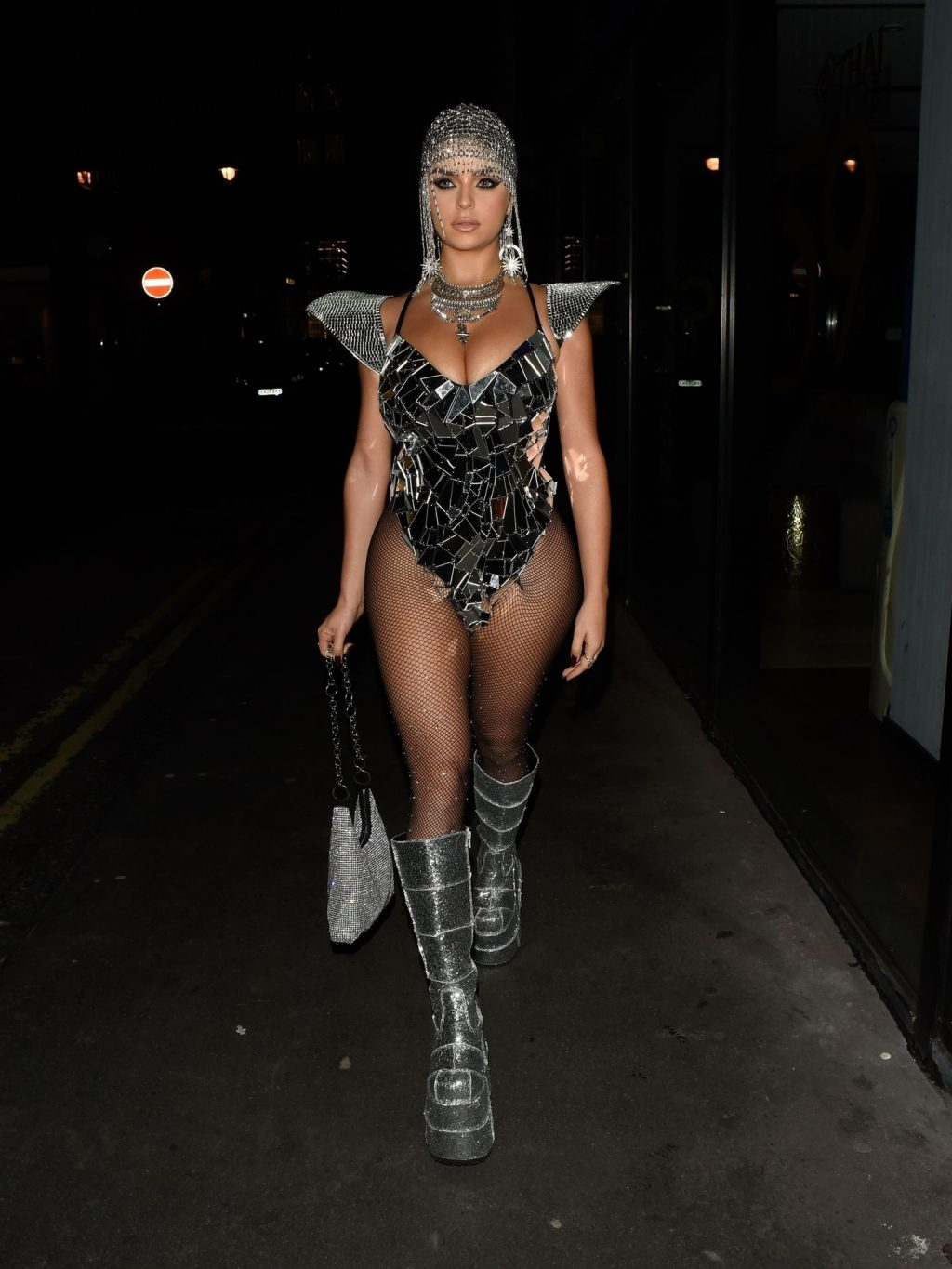 Demi Rose Sexy (19 New Photos + Video)