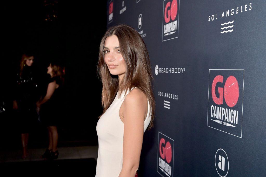 Emily Ratajkowski Sexy (119 Photos)