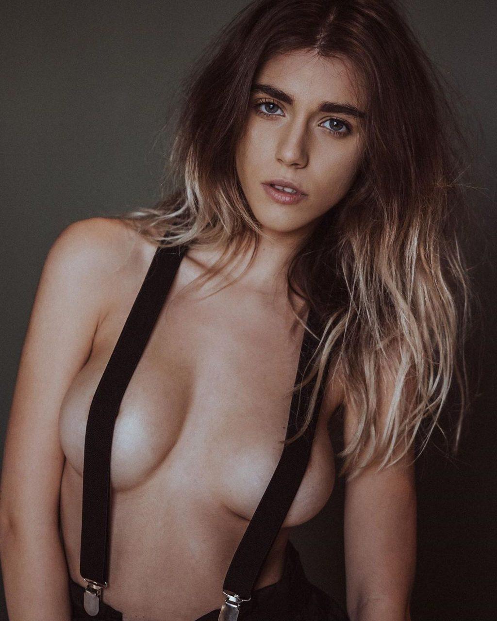 Ffion Holly James Nude & Sexy (46 Photos)