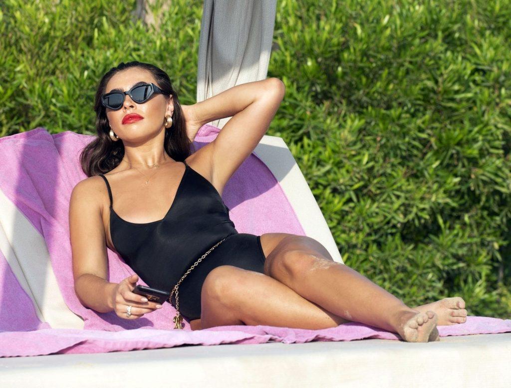 Francesca Allen Sexy (23 Photos)