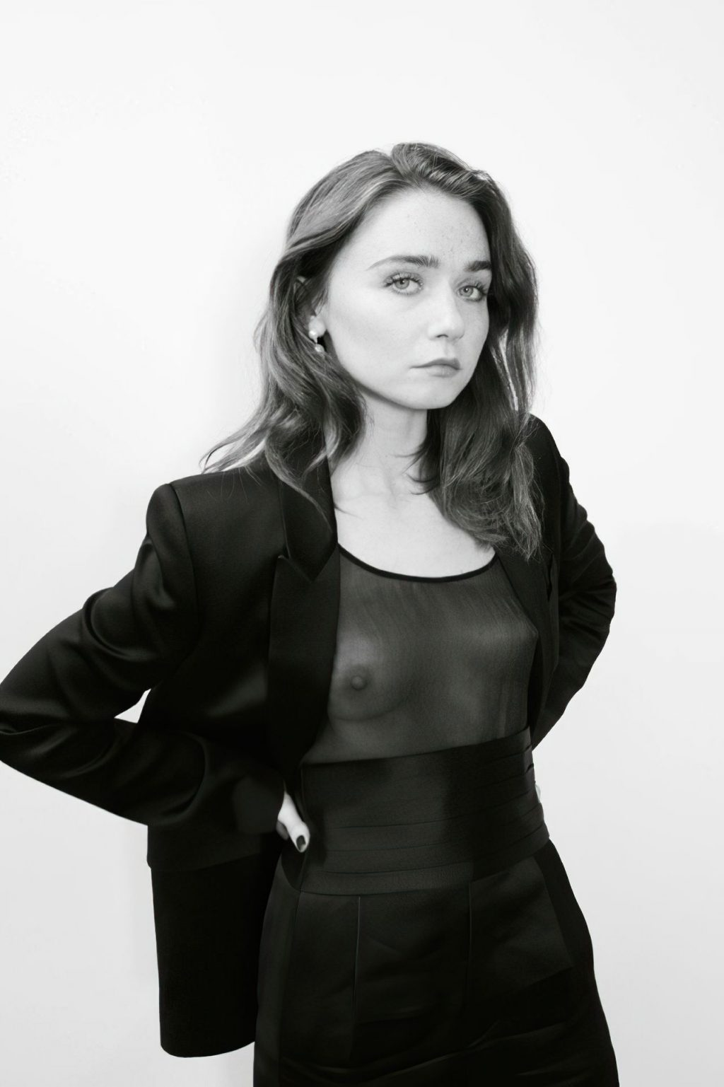 Jessica Barden See Through (1 New Photo)