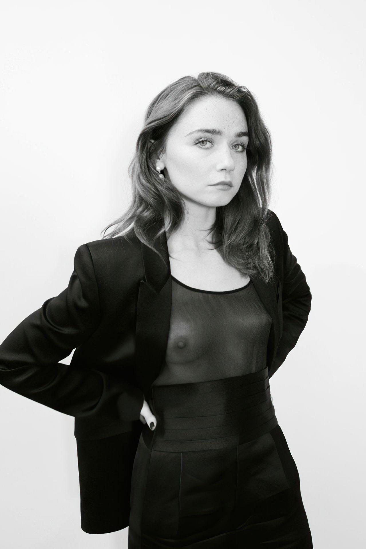 Jessica Stewarte  nackt