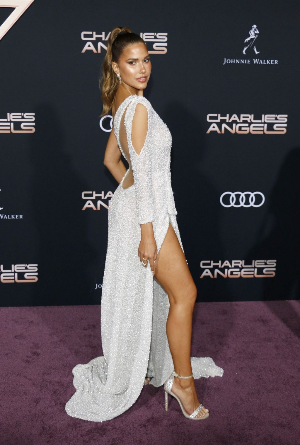 Kara Del Toro Sexy (12 Photos)