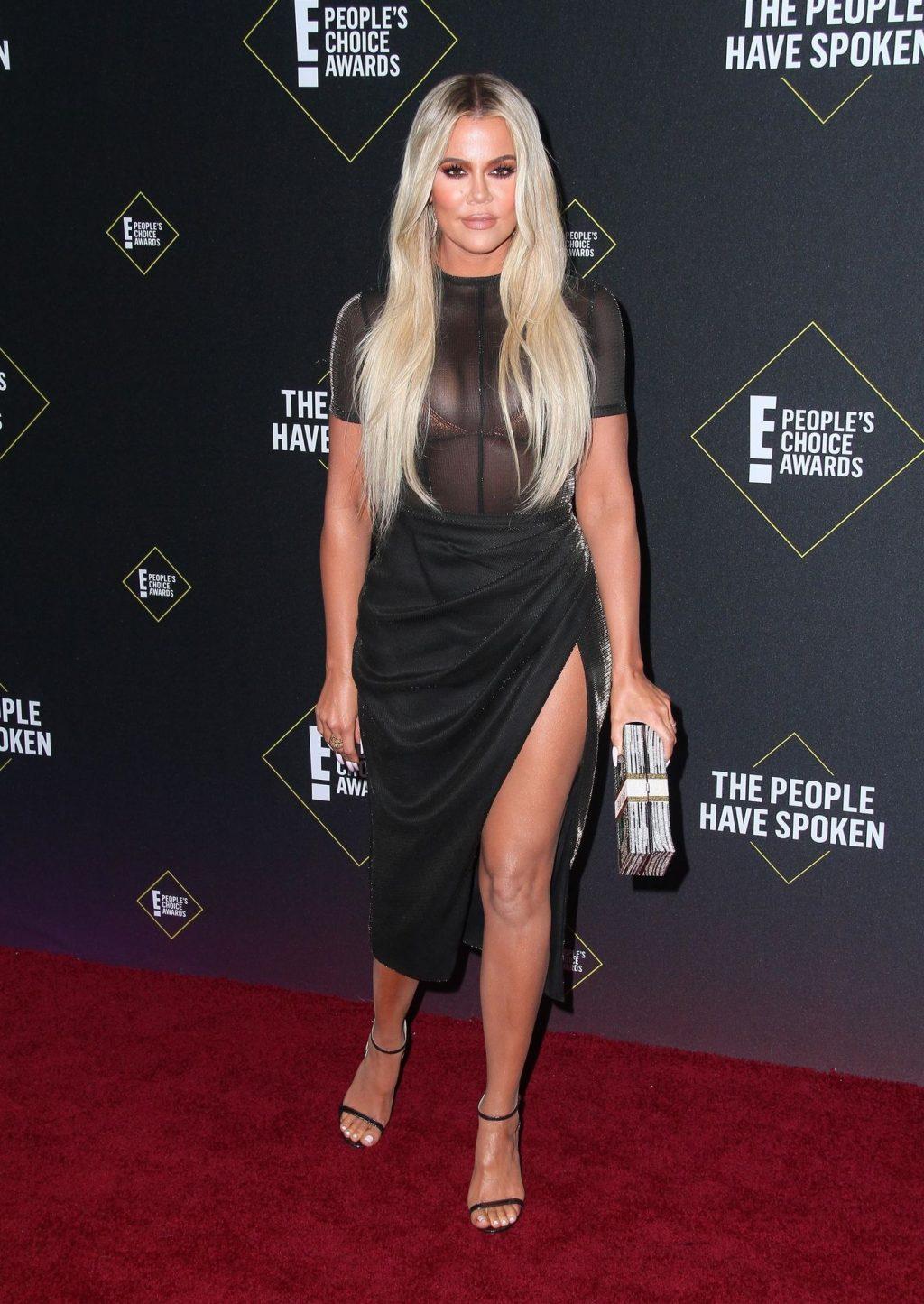 Khloé Kardashian Sexy (34 Photos)